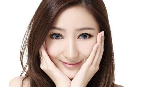 美瞳是什么.jpg