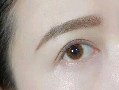 怎么判断眼睛有散光.jpg